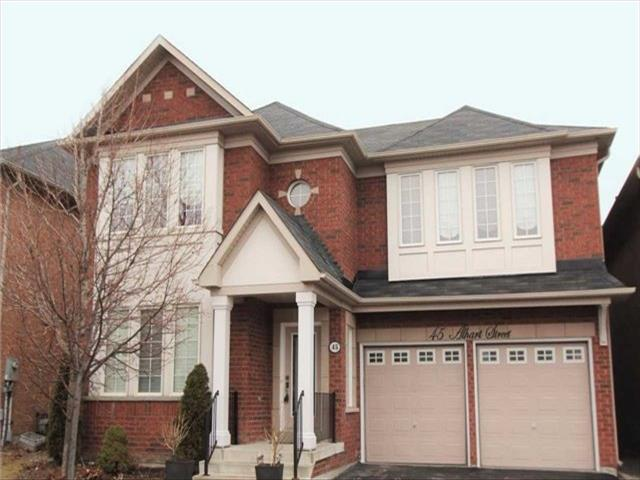 45 Alhart St Richmond Hill