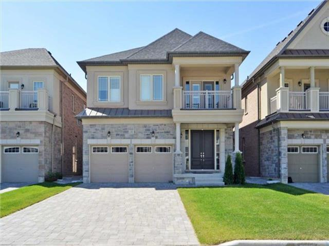 33 Ross Vennare Cres