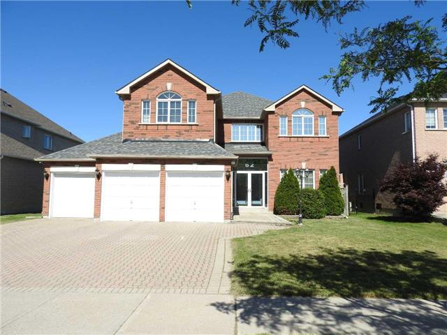 62 Goldring Cres