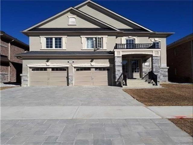 32 Ross Vennare Cres N