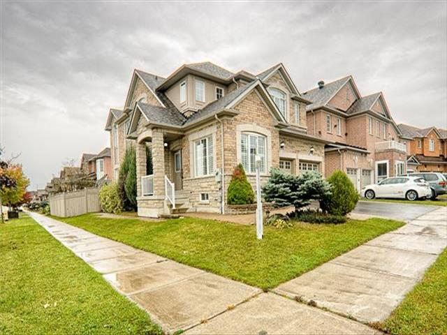 77 Staynor Cres