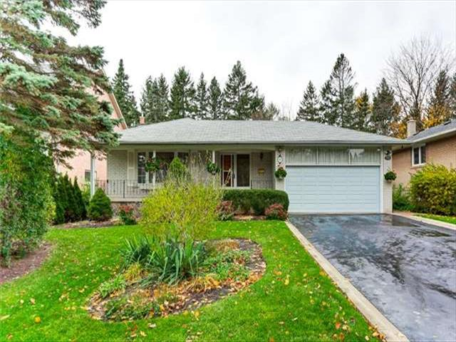 28 Willowgate Dr