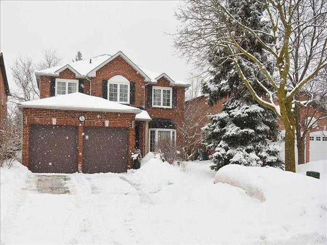33 Topham Cres