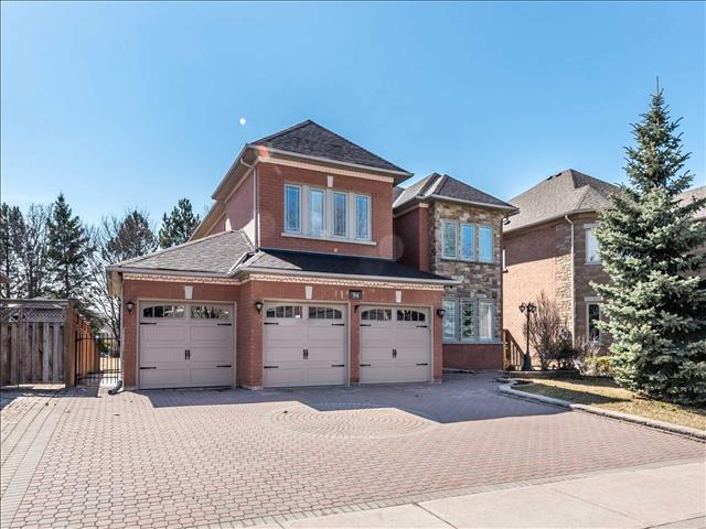 94 Silver Rose Cres
