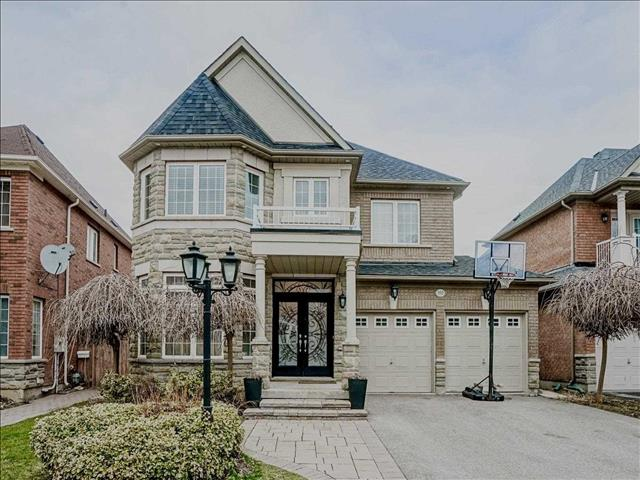 101 Bathurst Glen Dr