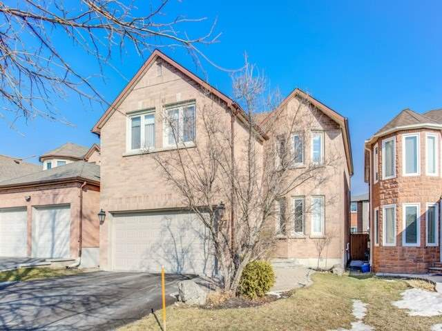 97 Roseborough Cres