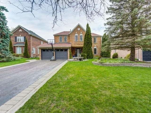 971 Creebridge Cres