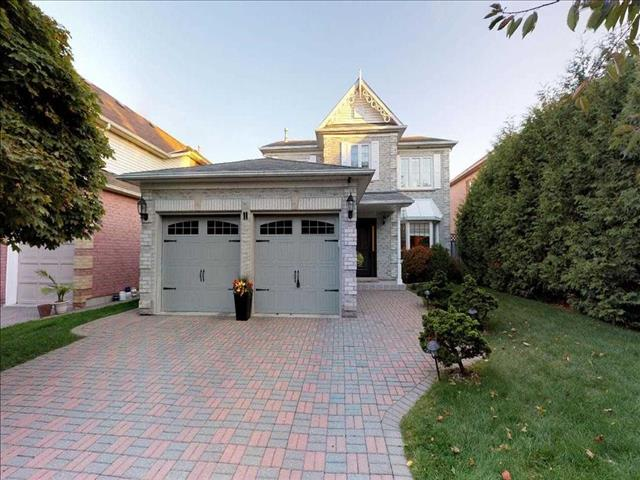 11 Heatherwood Cres