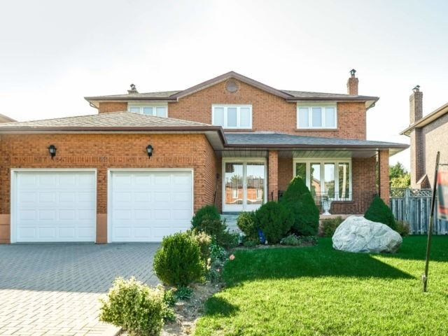 12 Keeleview Crt