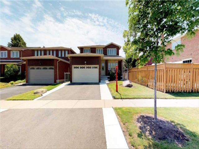 26 Sunforest Dr