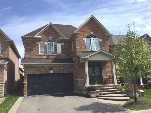 242 Bussel Cres
