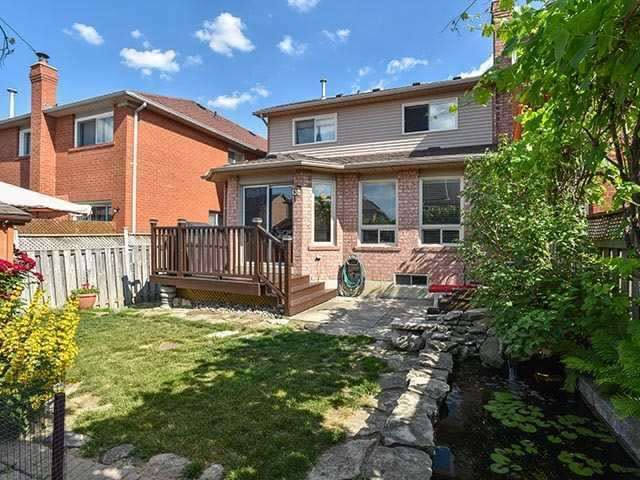 82 Peace Valley Cres