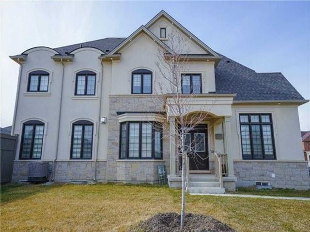 2 Lower Thames Dr