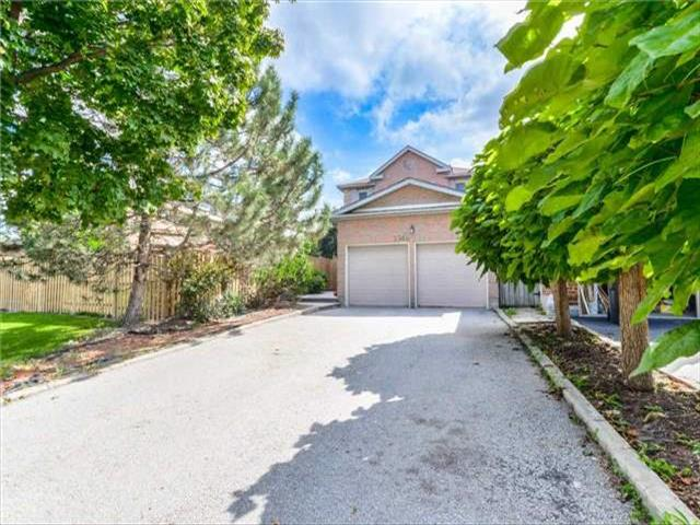 3346 Chartrand Cres