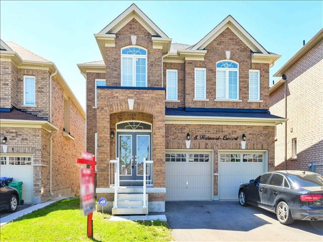 8 Waterwide Cres